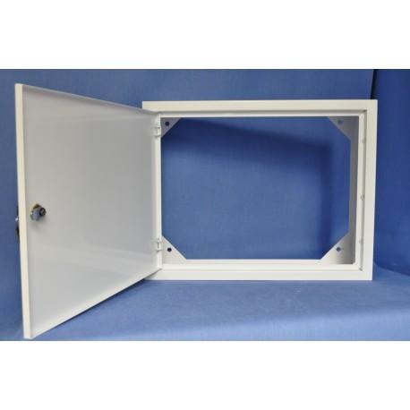 Obudowa metalowa TPR (450x350x150) zamykana na kluczyk, bez pleców